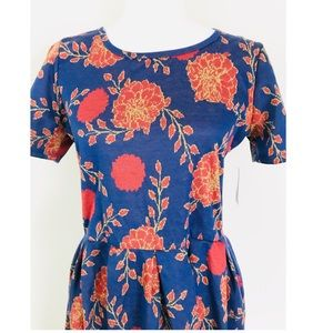 LuLaRoe Dresses - Lularoe Amelia flower print dress NWT